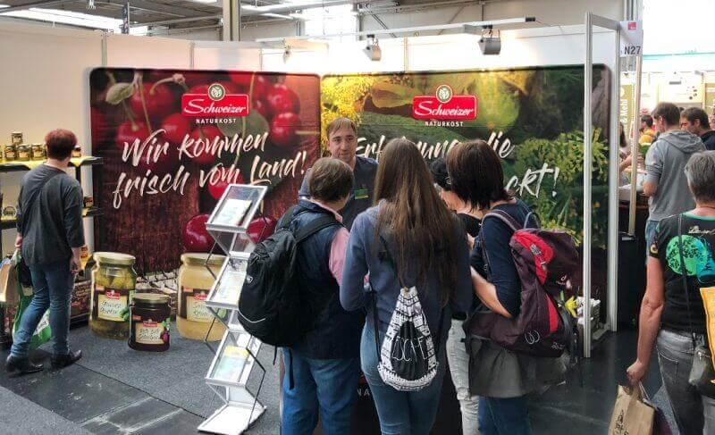 Schweizer Naturkost Messestand auf der BioSued 2018